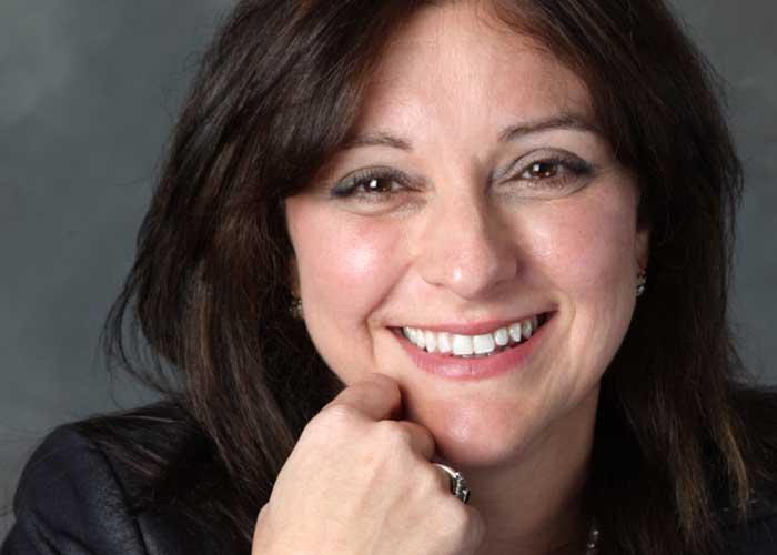 Tricia Folliero bio picture